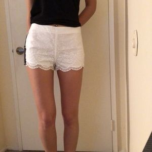 White linen embroidered shorts, new with tags